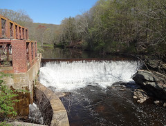 Norton Paper Mill Dam in Connecticut, one of 72 dams on Amercian Rivers' list of dams removed in 2016 to restore rivers and protect communities. Credit: USFWS