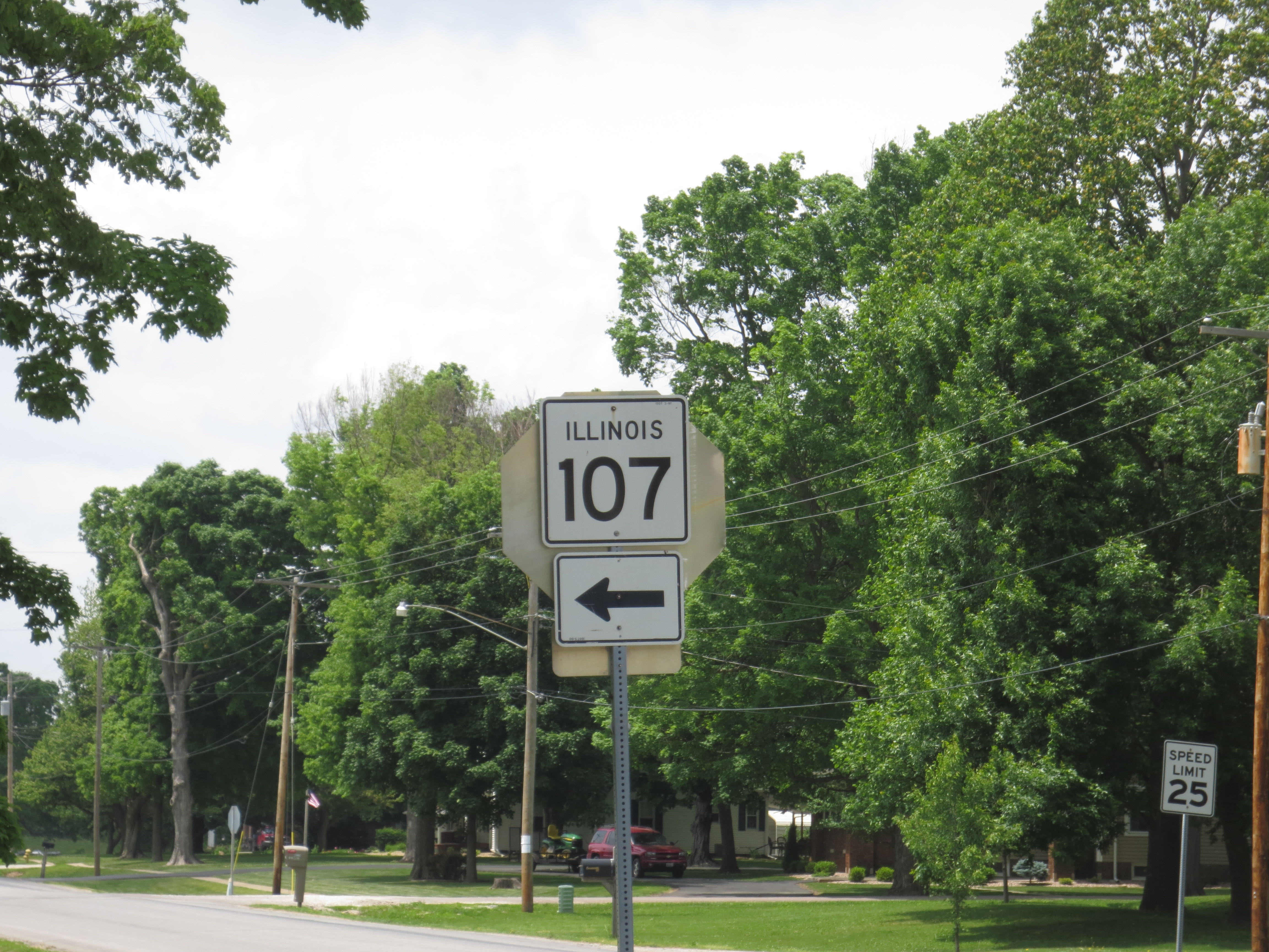 Illinois pike county griggsville - 107 Illinois Route Highway State Sign