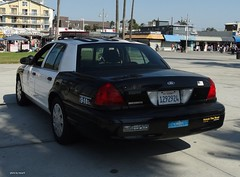 LAPD - Ford Crown Victoria (11)