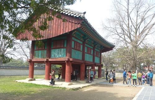 Co-Jeonju-Hanok-Gyeonggijeon (16)