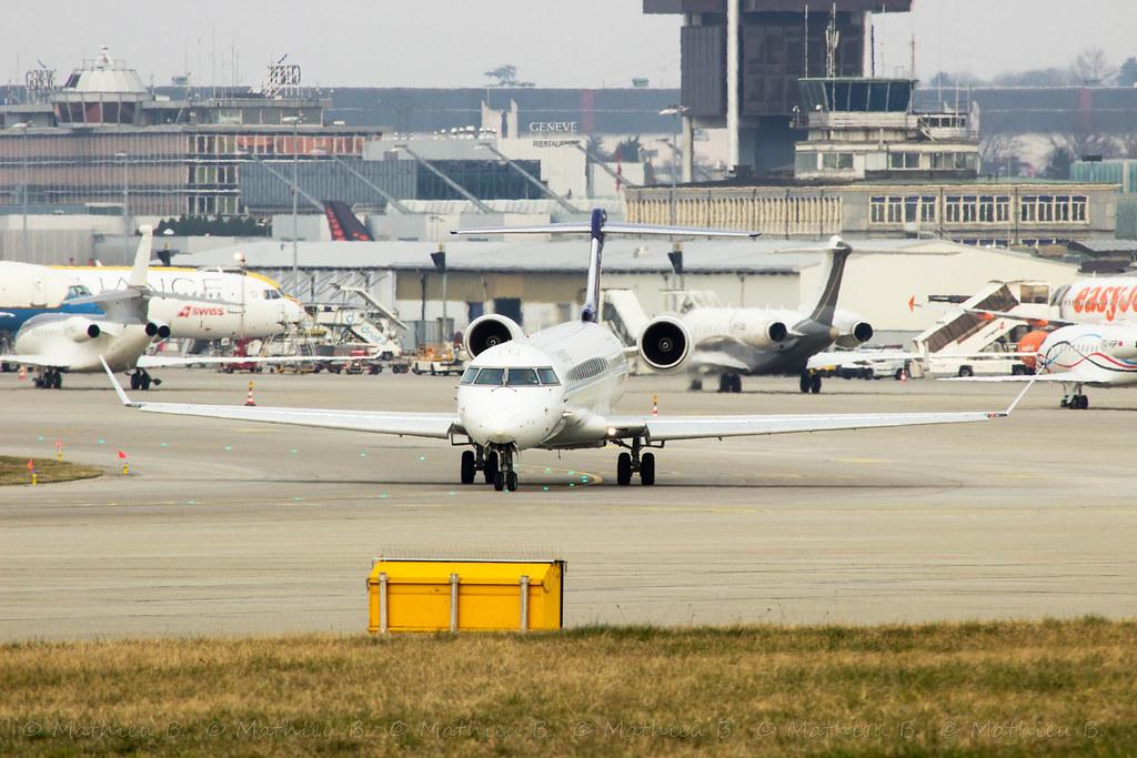 Aéroport de Genève-Cointrin [LSGG-GVA] 16721888617_9c57f9de1f_b