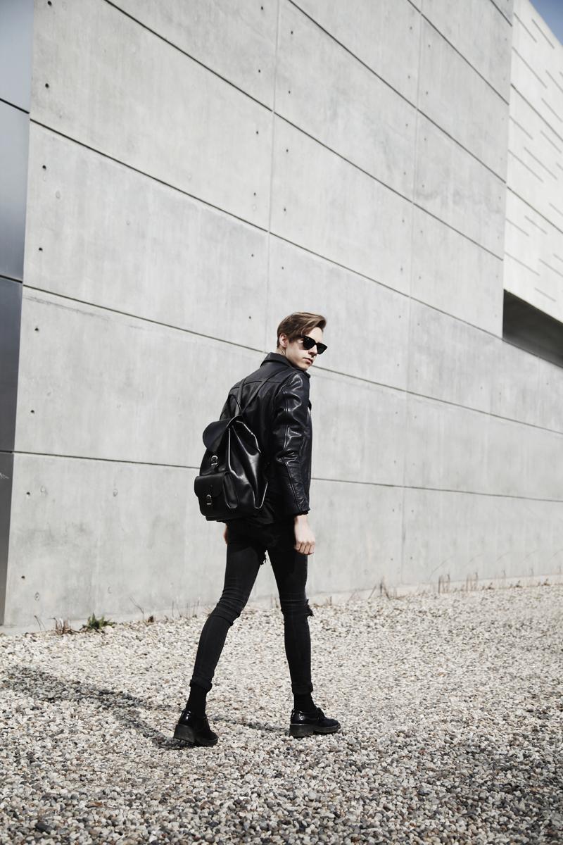 mikkoputtonen_fahsionblogger_London_outfit_onarstudios_acolythStore_odeur_web