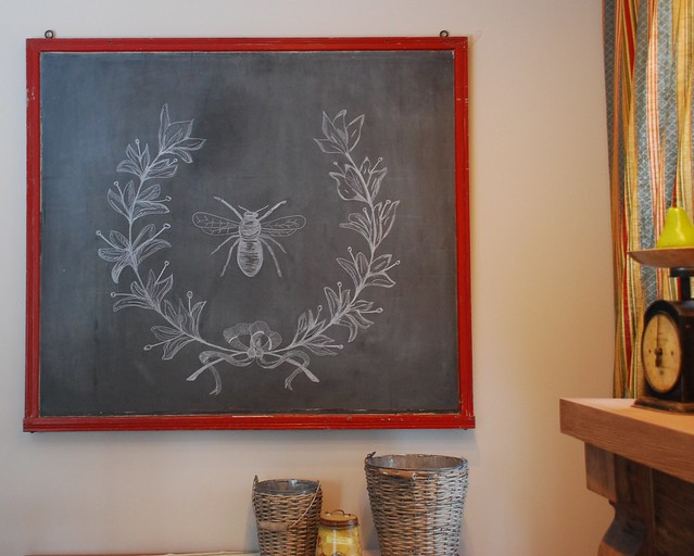 Chalkboard Design - Bee And Laurel Wreath