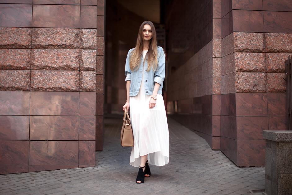 michael-kors-beige-selma-saffiano-leather-bag-outfit
