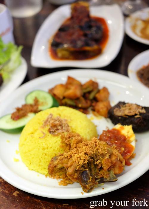 Nasi kuning komplit at Indo Rasa, Kingsford