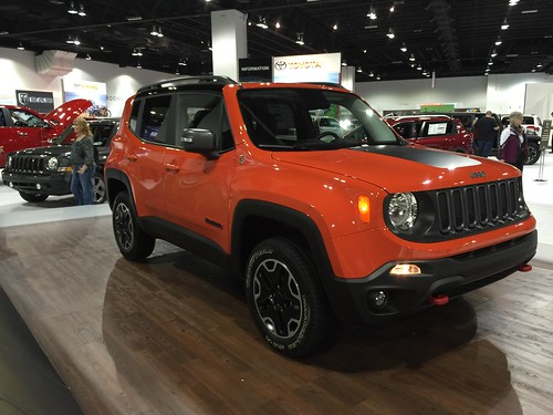 omaha orange in person jeep renegade forum. Black Bedroom Furniture Sets. Home Design Ideas