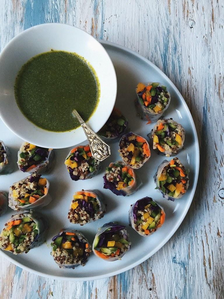Vegetable-Quinoa Rolls with Sweet and Spicy Green Chutney