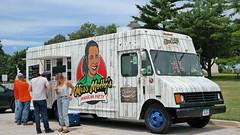 Miss Molly's Jamaican Patty Food Truck in Des…