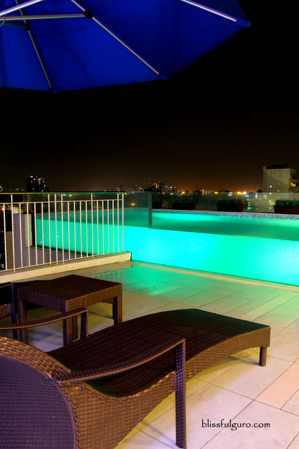 Luxent Hotel Quezon City Pool