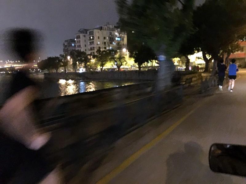 Macau - walking by the harbour-002