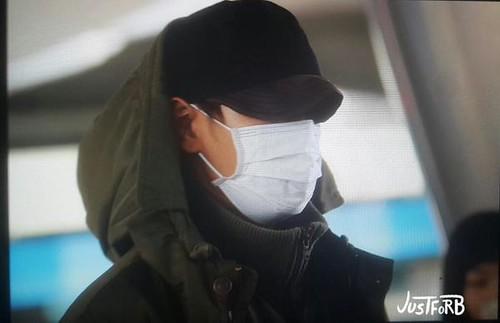 BIGBANG arrival ICN Seoul from Taiwan 2015-09-28 (21)