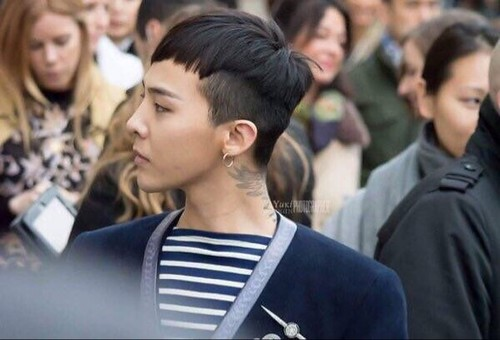 G-Dragon Chanel Haute Coutoure at Grand Palais Paris 2016-01-26 20