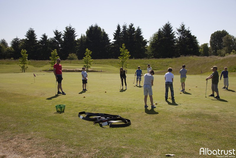 photo du golf Daily Golf de Buc - Toussus Le Noble -  UGOLF - Practice - Putting green