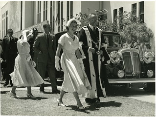 HM Queen Elizabeth II & Mayor Harry Barker, Gisborne, January 6 1954