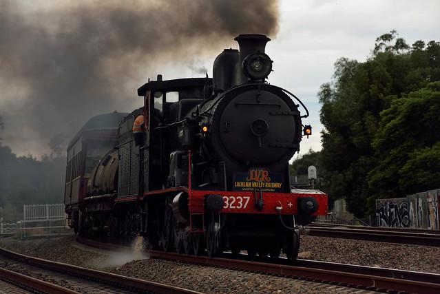 Locomotive 3237