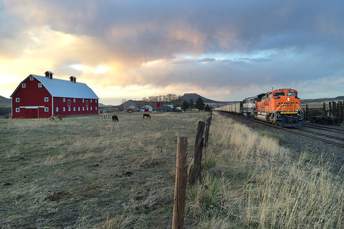 railroad sunset train colorado greenland bnsf iphone emd coaltrain sd70ace jointline allisranch bnsf9123