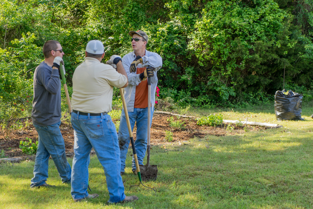Earth-Day-2016-Oncor-02710