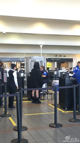 Big Bang - Los Angeles Airport - 06oct2015 - bofl - 21