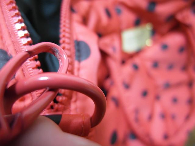 烤漆上色的五金扣環@VOVAROVA紅色點點圓舞曲波士頓包