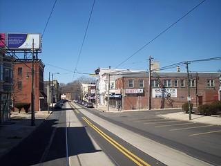 Main St & Powell Av