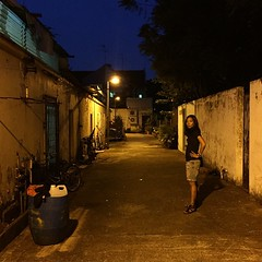 Wrong turn. #backalley #singapore #latergram