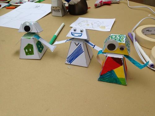 Bobble-Head Bot Papertoys