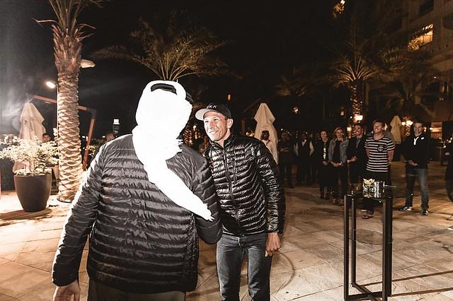Bahrain Endurance Team: Shaikh Nasser and Macca handshake