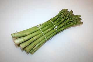 02 - Zutat grüner Spargel / Ingredient green asparagus