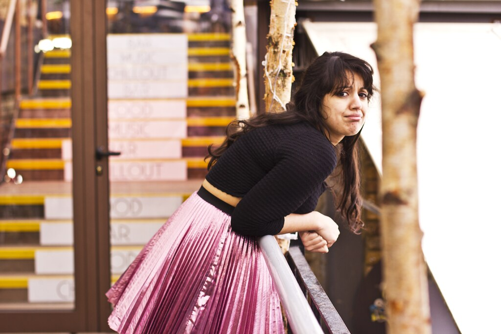 camden foundry bloggers camden market stables pink metallic skirt black top messing around tapeparade