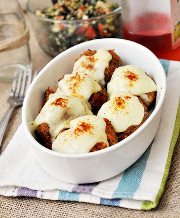 Carrot & Sundried Tomato Meatballs (Rissoles) with Cheese Sauce | www.fussfreecooking.com