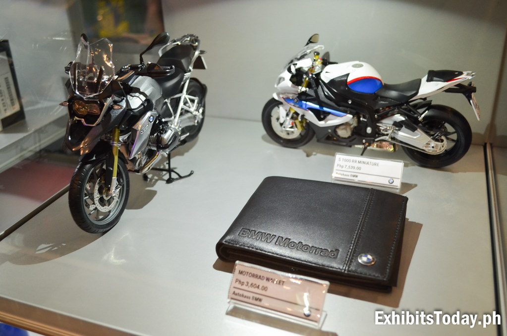 BMW Motorrad Leather Wallet with two Motorcycle Toy Models