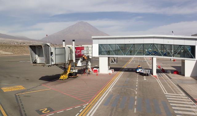 Aeropuerto Internacional Alfredo Rodríguez Ballón, Arequipa, Peru