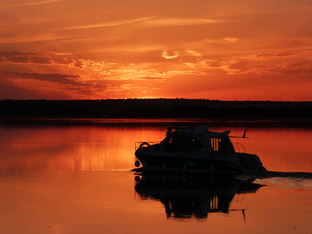 Atardecer en el Lago Alqueva (Alentejo, Portugal)