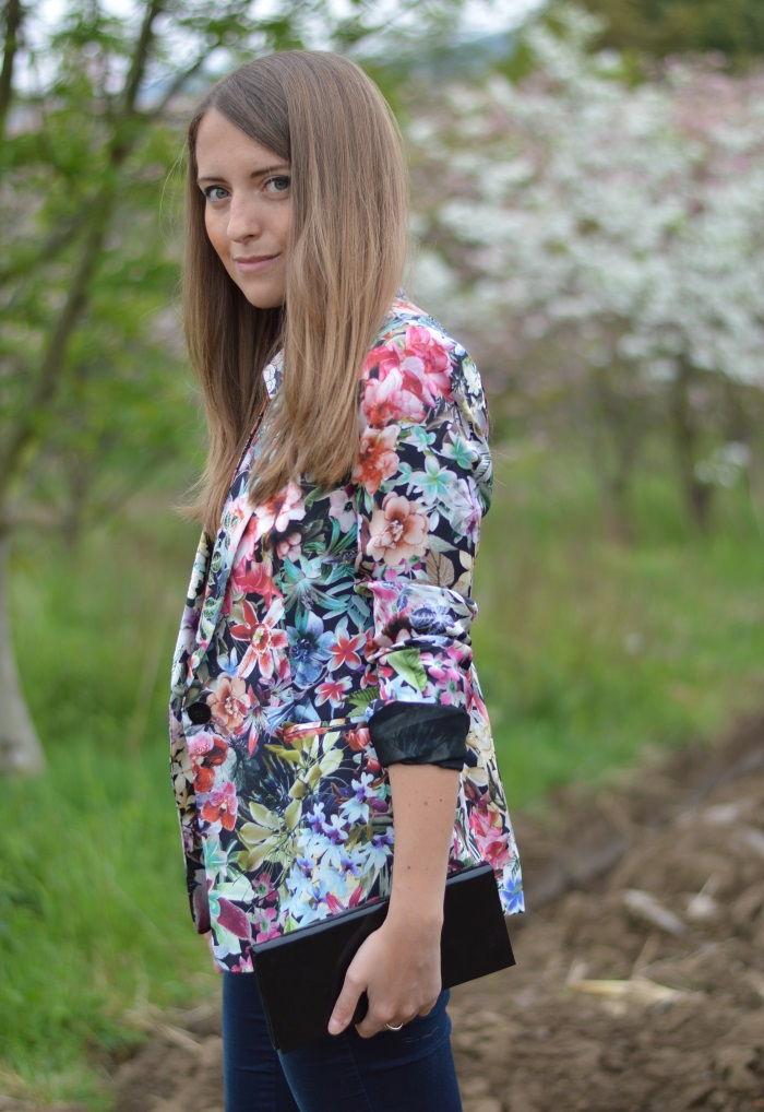 flowers on flowers,wildflower girl, fashion blog, blogger, Benetton, Zara, fiori (2)