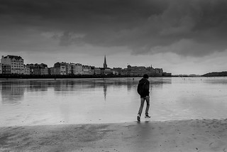 Bretagne-St Malo-Jumping in