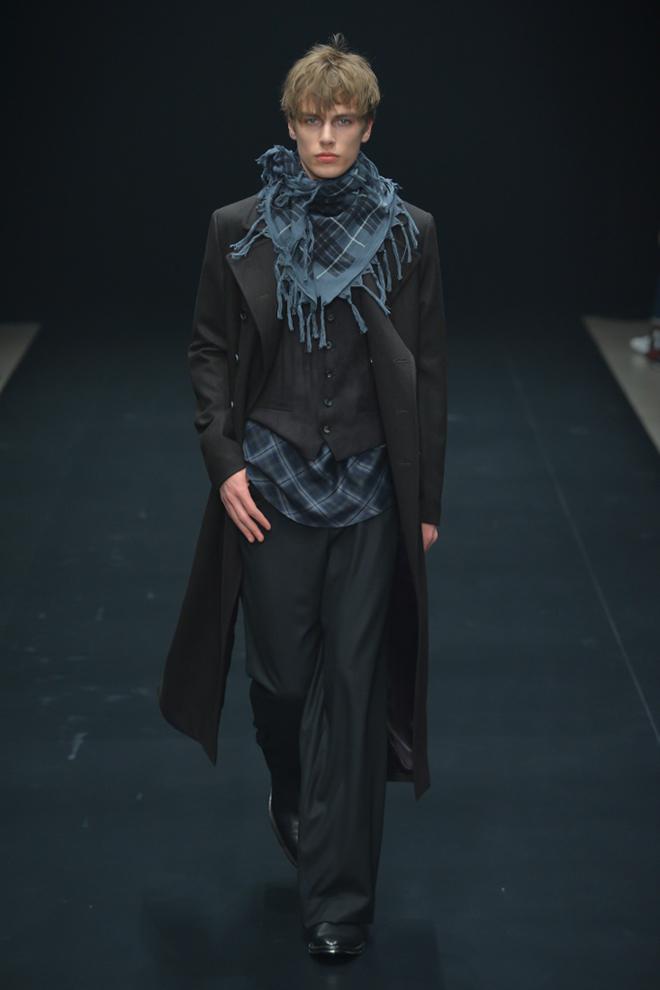 FW15 Tokyo ato135_Marc Schulze(fashionsnap.com)