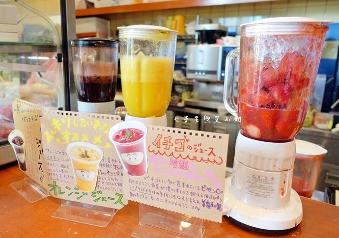 10 台場富士電視台櫻桃小丸子咖啡