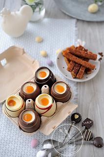 Oeufs coque au chocolat
