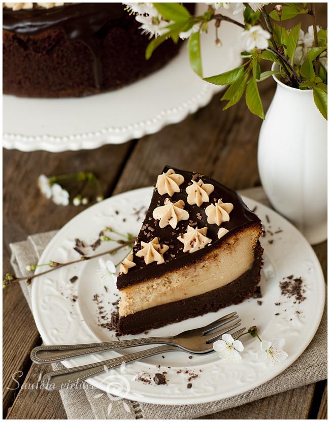 Riešutų sviesto sūrio tortas (4)