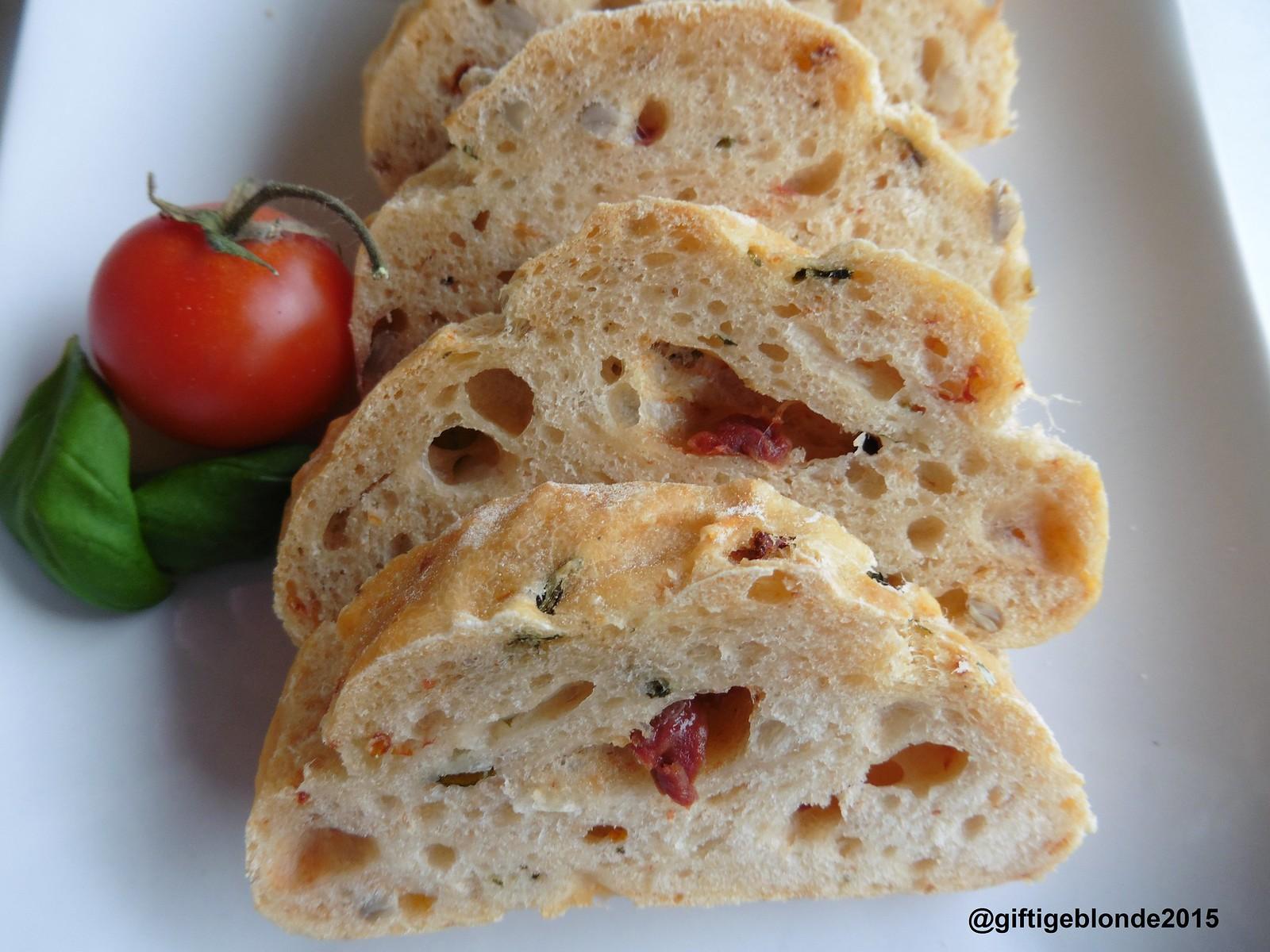 Tomaten Mozzarella Brot