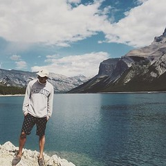 Where are traveling this summer?  @inoperfecto in Canada with the #Marquette gear.
