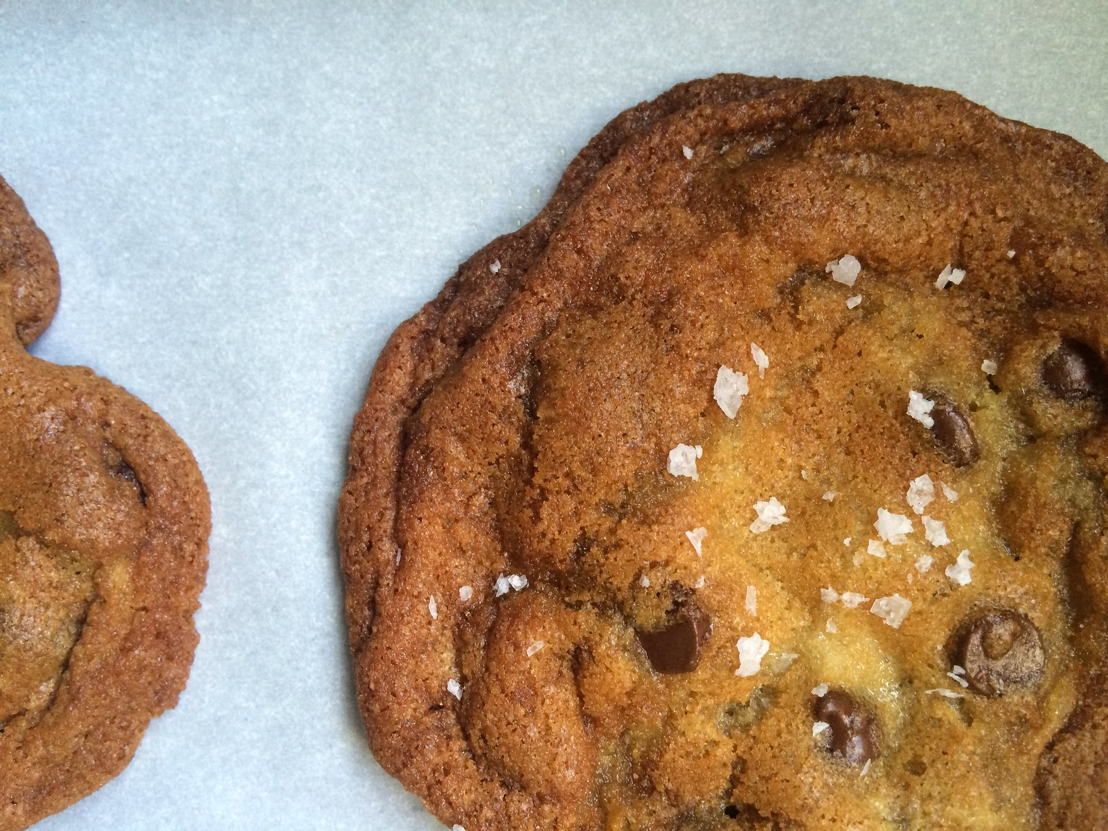 Salted Chocolate Chunk Cookies | Kitchen in the Hills