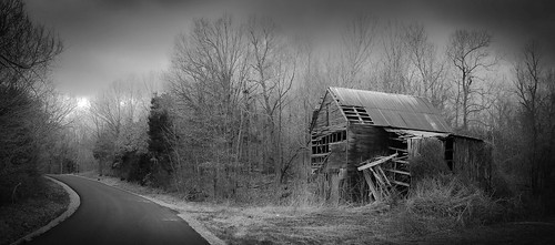 winter abandoned barn rural kentucky ky fujifilm x30 benton marshallcounty thunderstorn bobbell breezeelschoolroad