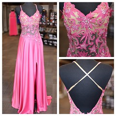 Love love this dress! Adjustable bra straps too! Perfect! #raelynns #love #perfect