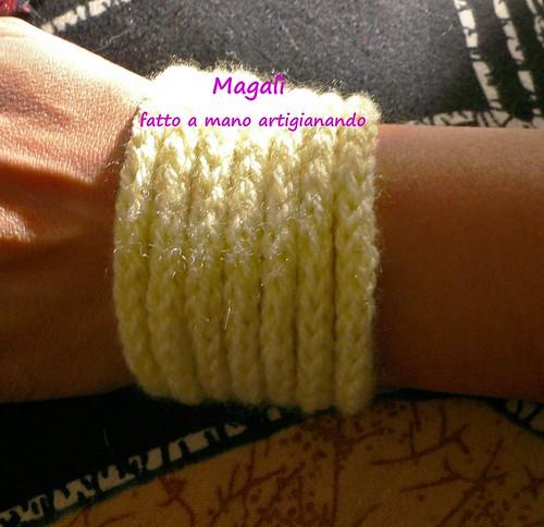bracciale tricotin giallo scaldapolso 2