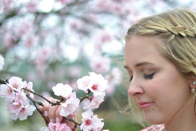 Eugli Outfit OOTD Fashionblogger Frühlingslook Mango Zara weiße Hose