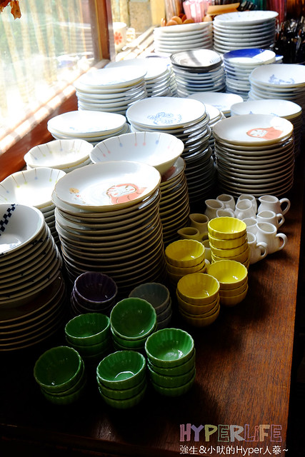 │餐桌上的鹿早│可愛食器讓餐桌上的食物更美味!!來台南玩一定要來挖寶唷~ @強生與小吠的Hyper人蔘~