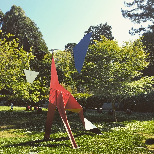 Big Crinkly by Alexander Calder #deYoungmuseum #goldengatepark #wanderentes #sanfrancisco