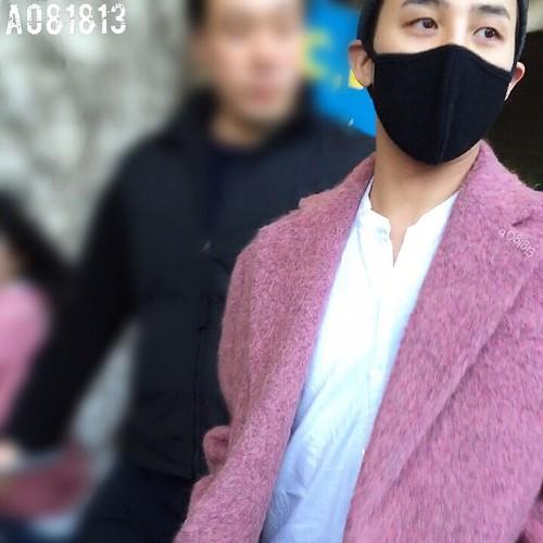 Big Bang - Incheon Airport - 22mar2015 - G-Dragon - a081813 - 06