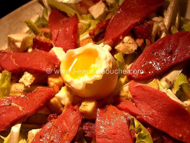 Salade de Pisse-en-Lit au Magret de Canard Fumé © Ana Luthi